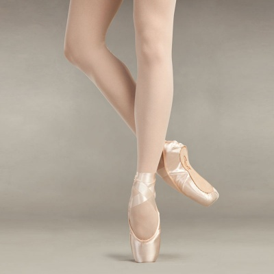 Capezio Aria ES Pointe Shoes