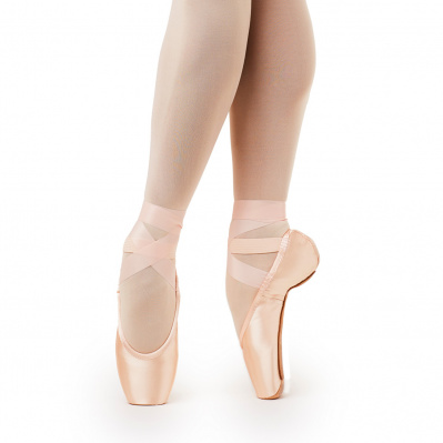 Gaynor Minden Pointe Shoes Ribbon Dance Accessory